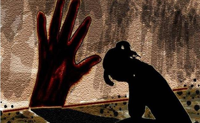14 Years Girl Found Murdered  In Uttarpradesh - Sakshi