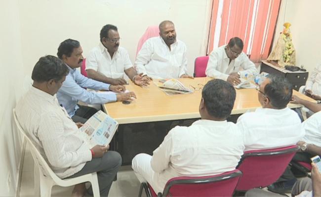TSRTC JAC Demanding The Govt To TSRTC merge With Government - Sakshi