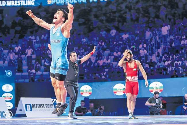 Bajrang Punia, Ravi Kumar lose semi-final - Sakshi