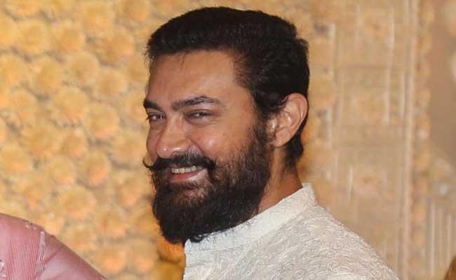 Aamir Khan Praises And Wishes To Chiranjeevi Sye Raa Movie - Sakshi