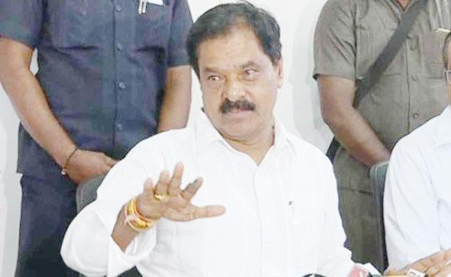 Deputy CM K Narayana Swamy Meeting With Excise Officials In Prakasam - Sakshi