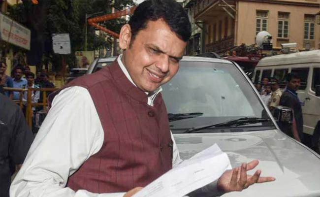 Devendra Fadnavis On 2nd Term As Chief Minister After Polls - Sakshi