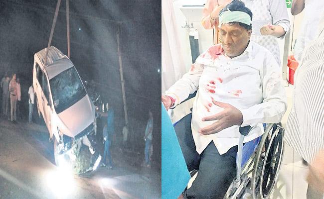 Koppula Mahesh Reddy Vehicle Met An Accident At Chevella - Sakshi