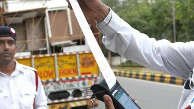Chandigarh Biker Stumped on Finding 189 Challans Pending - Sakshi