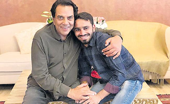 Amit Panghal Talks About Dharmendra In His First Tweet - Sakshi