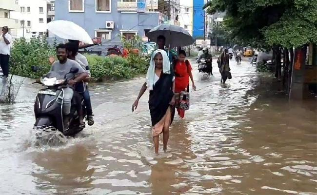 Heavy Floods In Across Nandyal Kurnool - Sakshi