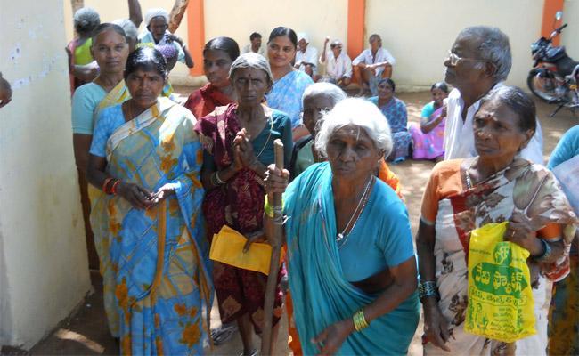 Joint Karimnagar Abhaya Hastham Beneficiaries Looking For Pension Money - Sakshi