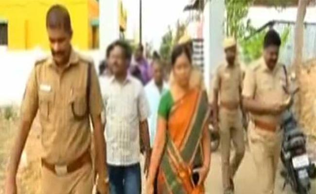 Woman Arrest in Prostitution Scandal Tamil nadu - Sakshi