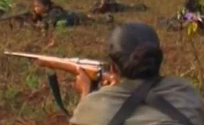 Maoist Top Leader Aruna May Died In Vishaka Encounter - Sakshi