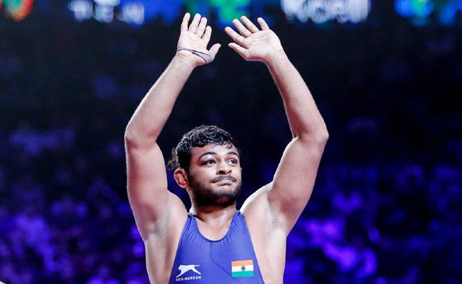 India Wrestler Deepak Punia Has Reached The Final - Sakshi