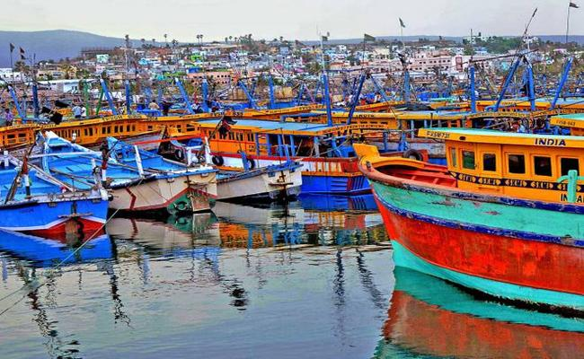 AP Government Focusing On Jetty In Visakhapatnam - Sakshi