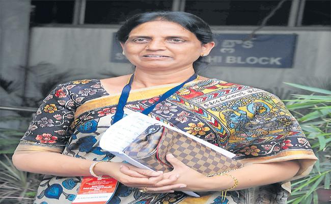 Sabitha Over Education System In Assembly - Sakshi