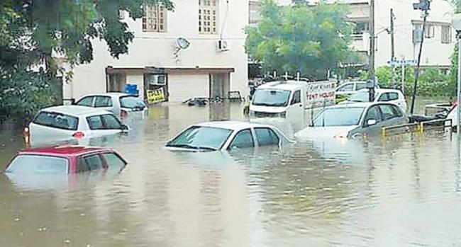 Vehicle protection during floods .. - Sakshi