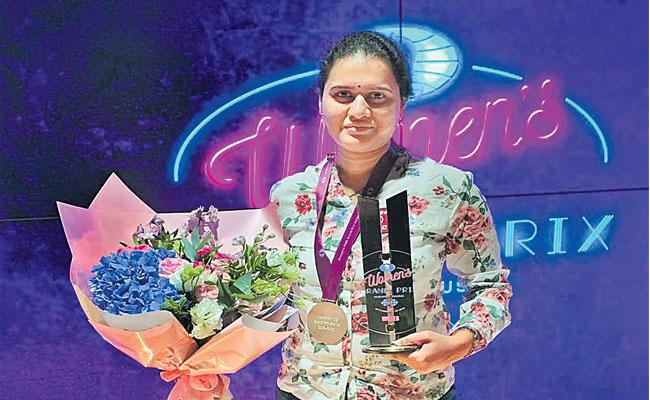 Koneru Humpy Wins  First Tournament Of FIDE Women Grand Prix - Sakshi
