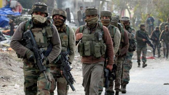 Major terror attack foiled in Jammu and Kashmir - Sakshi