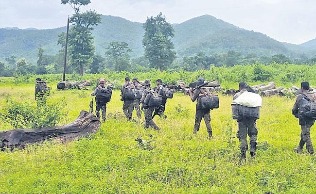 Two Maoists Killed, Massive Encounter In Visakha Agency  - Sakshi