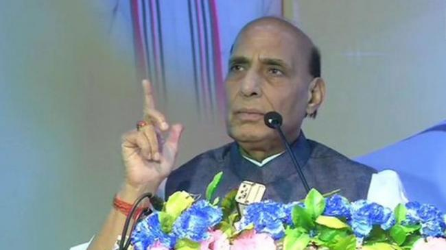 Rajnath Singh Warns Pakistan About Mistakes of 1965 and 1971 - Sakshi