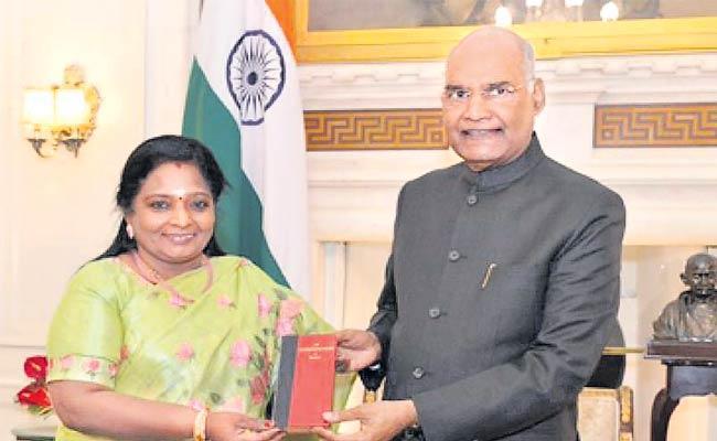 Telangana Governor Tamilsai Soundararajan Meets President Ramnath Kovind In Delhi - Sakshi