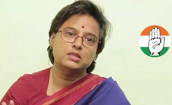 Padmavathi Reddy Named As Congress Candidate For HuzurNagar Constituency - Sakshi