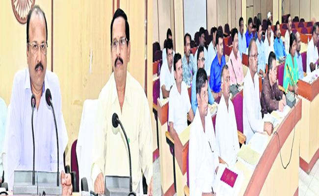 Nizambad Collector Serious On Tahsildhar About Passbook Issue - Sakshi