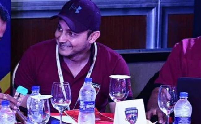Betting Scam In KPL Belagavi Panthers Team Owner Asfaq Ali Arrested - Sakshi