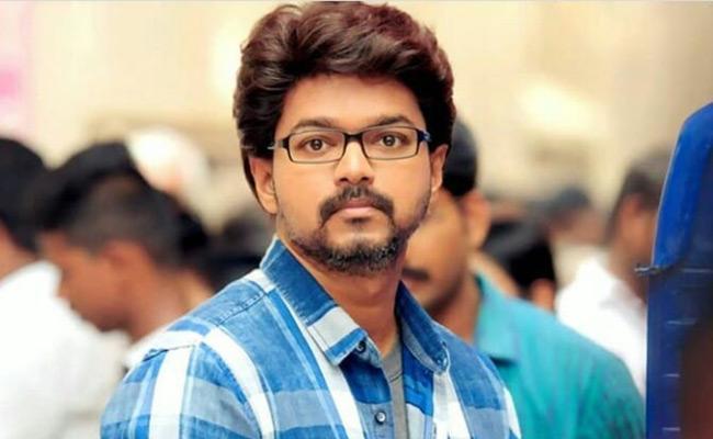 Congress party Leaders Support to Hero Vijay in Tamil Nadu - Sakshi