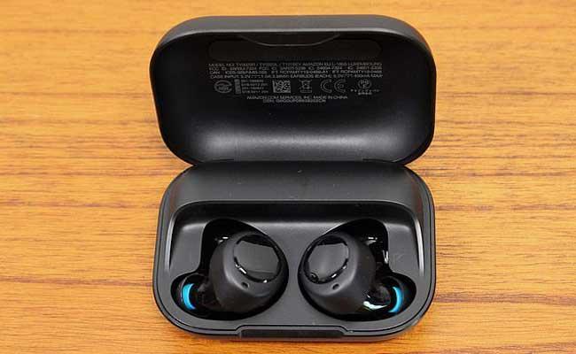 Alexa Earbuds From Amazon - Sakshi