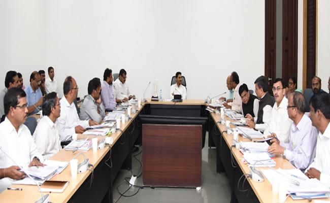 CM YS Jagan Review With Municipal And Urban Development Officials - Sakshi