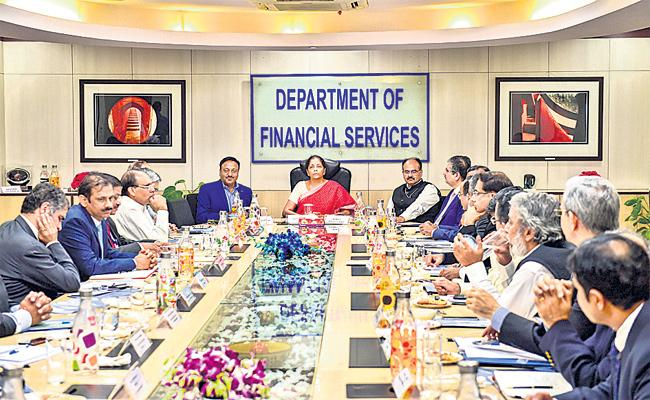 Finance Minister Nirmala Sitharaman At A Meeting With Private Bankers - Sakshi