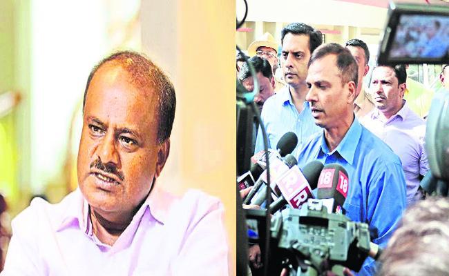 CBI Raid in Additional DGP Ashok Kumar House karnataka - Sakshi