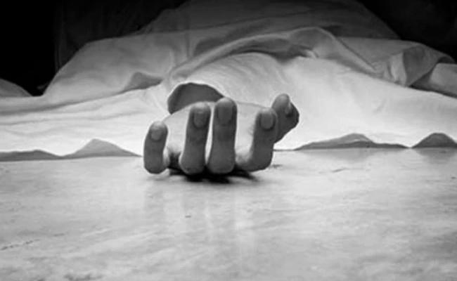 YSRCP Activist Murdered In Eluru West Godavari - Sakshi