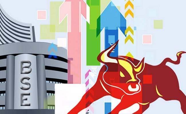 Stockmarkets rises above 100 points - Sakshi