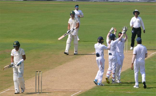 India Vs South Africa Practice Match Held In Vizianagaram - Sakshi
