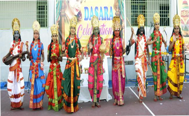 Collector Rammohan Rao Said Dussehra Festival Celebrates Richly In Nizamabad - Sakshi