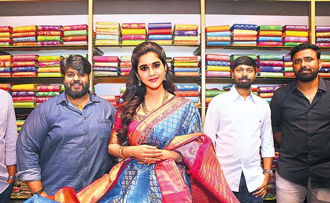 Nabha Natesh Open RS Brothers Showroom in Secunderabad - Sakshi