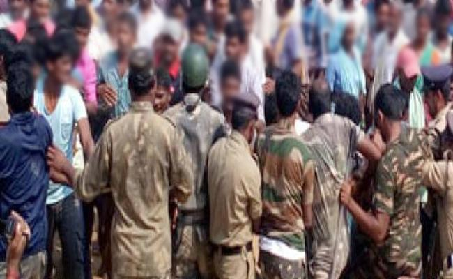 Police Deployment DJS Office In Moghalpura - Sakshi