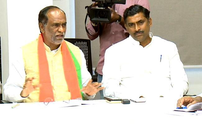 BJP Core Committee Member Premodhar Reddy Slams On TRS Governament Over  - Sakshi