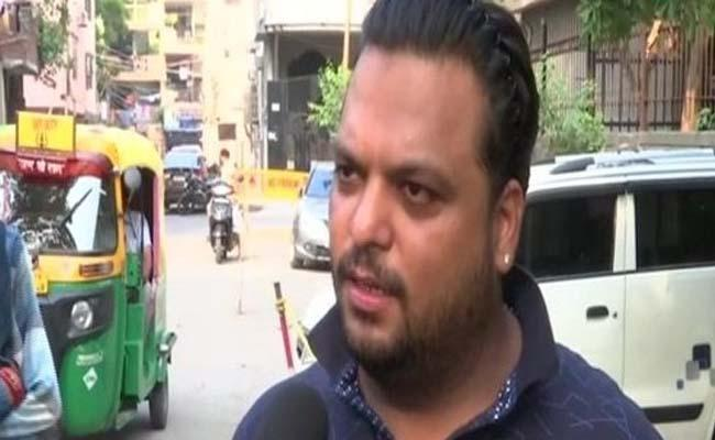 Delhi man fined Rs23k for violating traffic rules with his bike worth Rs15k - Sakshi