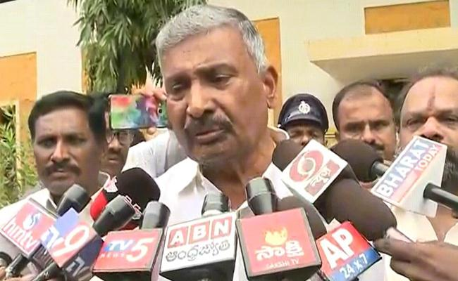 Peddireddy Ramachandra Reddy Says We Offer Sand According To The New Policy - Sakshi