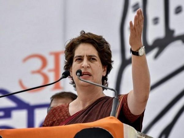 Priyanka Gandhi Fires BJP govt - Sakshi