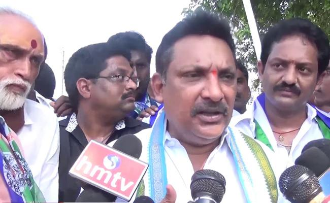 MLA Grandhi Srinivas Says Village Swaraj Possible With YS Jagan - Sakshi