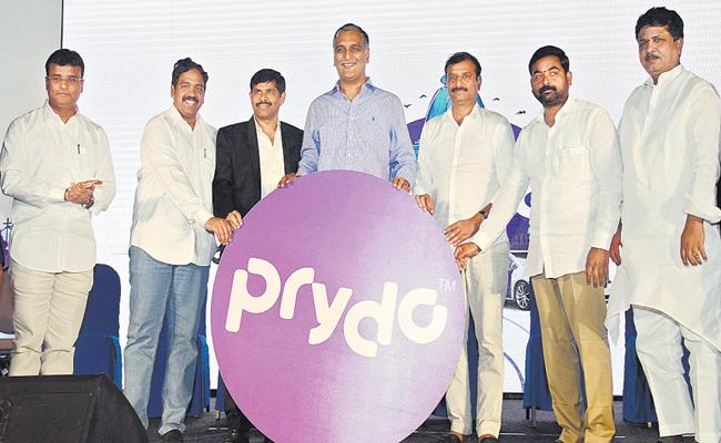 Prideo Cab services to be launched in Hyderabad - Sakshi