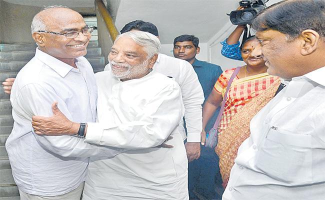 TRS Asks Support CPI For Huzurnagar By Elections - Sakshi
