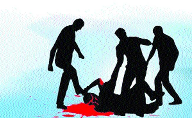Law And Order Disturbing In Khammam District Over Gang Attacks - Sakshi