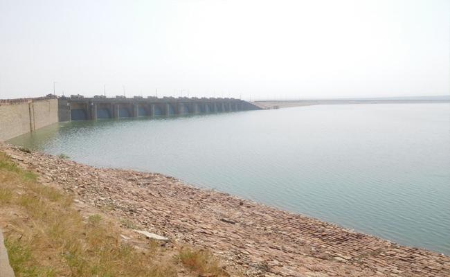Water Released From Mailavaram Reservoir To Penna - Sakshi