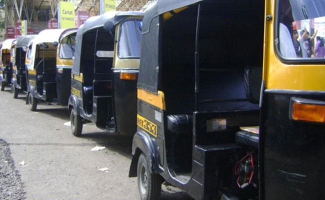 Auto Rickshaw Driver Fined Rs 47,500 In Bhubaneswar - Sakshi