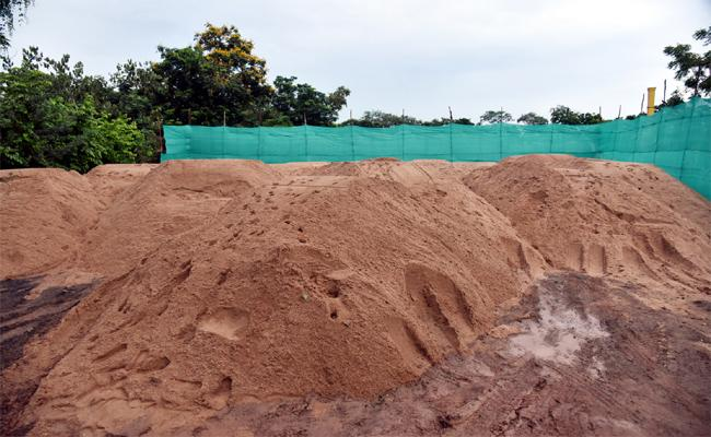 The Government Announced New Sand Policy Implemented Soon - Sakshi