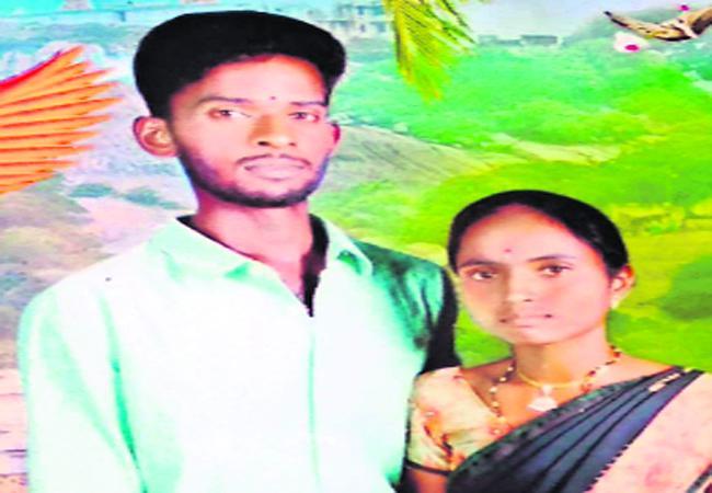 Husband Suicide as Wife Dies In Mahabubnagar - Sakshi