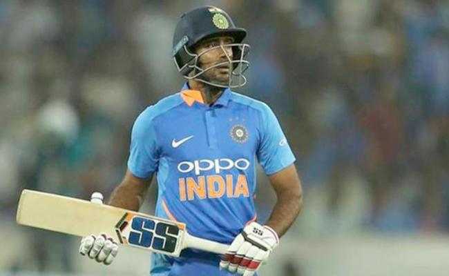 Rayudu Expresses Disappointment And Explains His 3D Tweet - Sakshi