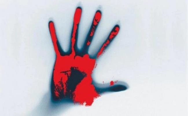 MP Man Killed His Uncle And  Decapitated Aunt Head  - Sakshi